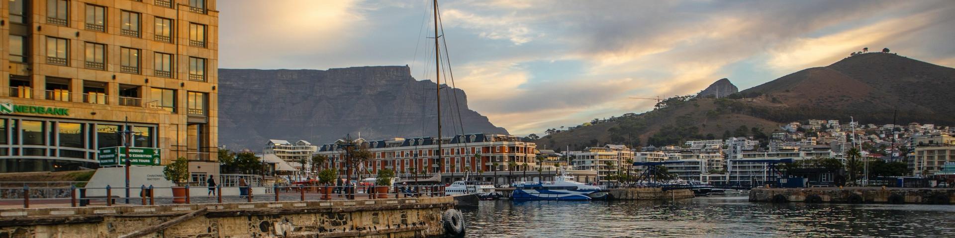 Waterfront - Cape Town - Table Mountain - South Africa