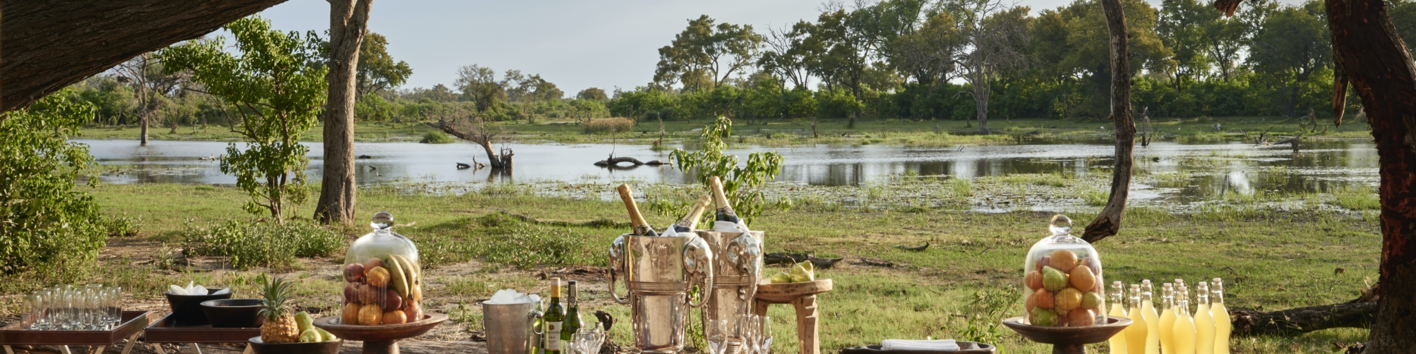 dining experience at Belmond Khwai River Lodge